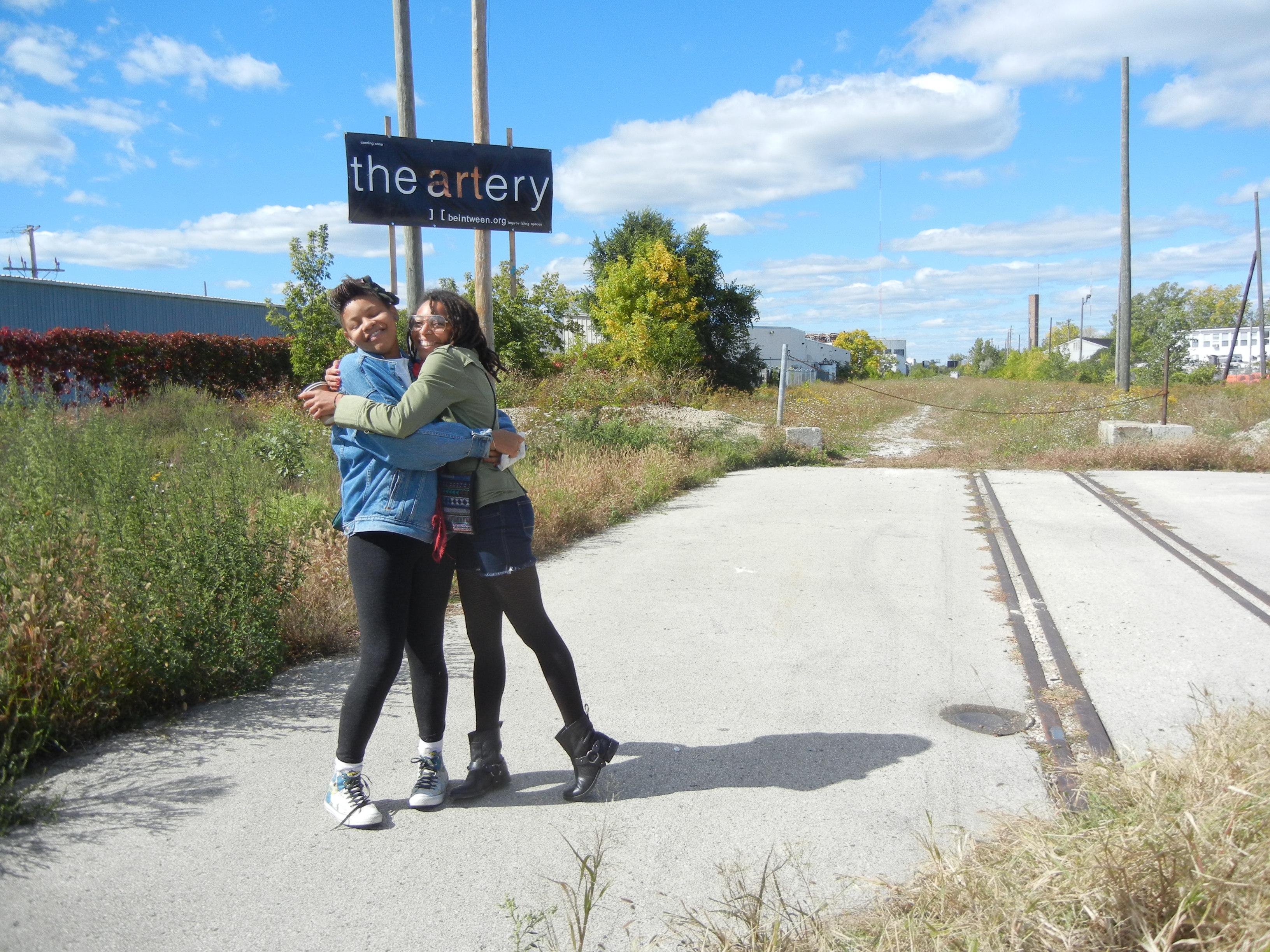 the-artery-girls-hug